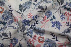 ткань плательная вискоза сорочечная вискоза цветы белая Италия