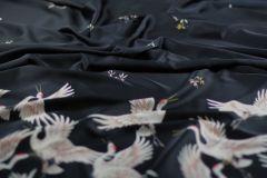 ткань сатин с аистами и цветами сатин полиэстер цветы черная Италия
