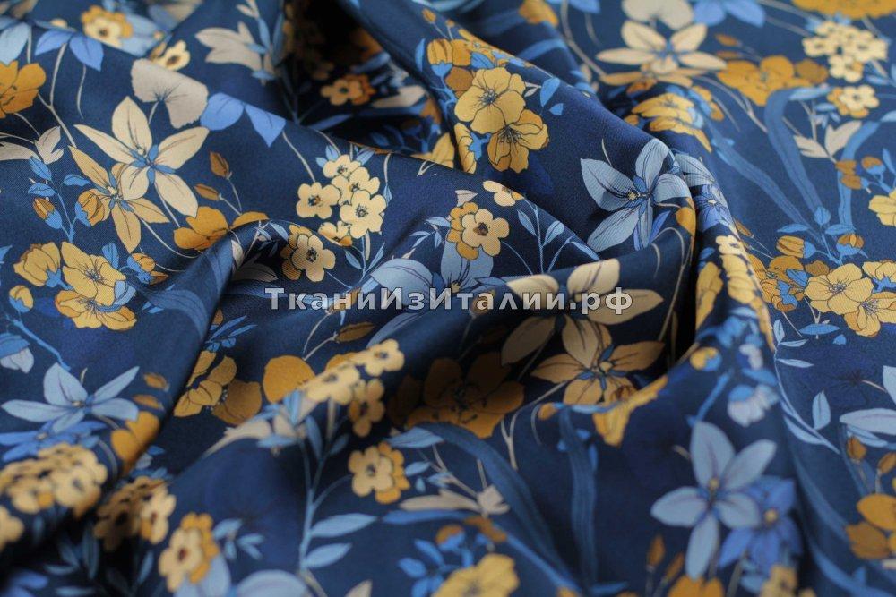 ткань твил с цветами MARNI твил шелк цветы синяя Италия