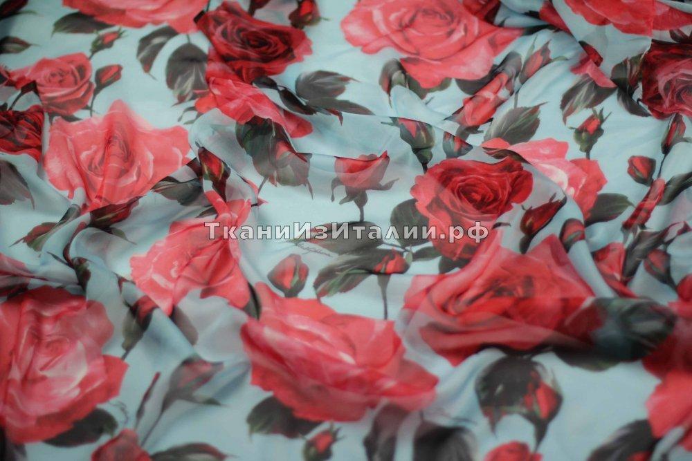 ткань шифон с розами Дольче Габбана шифон шелк цветы голубая Италия